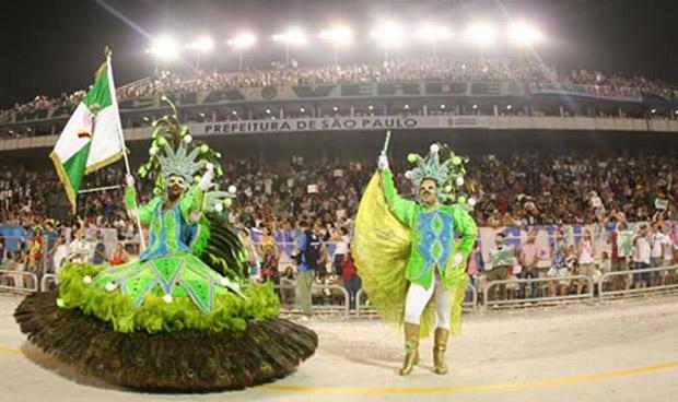 desfiles-escolas-de-samba-sp-2013